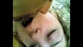 محجبة تفتح لصاحبها السوستة وتمص زبره انبوب عربي بري