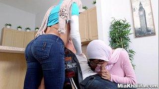 ميا خليفة لبنانية جنس عربي انبوب عربي بري